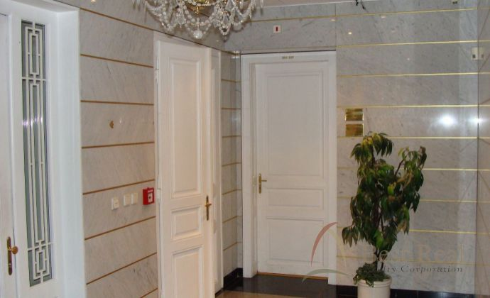Best Real - nové kancelárske a administratívne priestory na Tolstého ulici, pri Prezidentskom paláci v centre mesta.