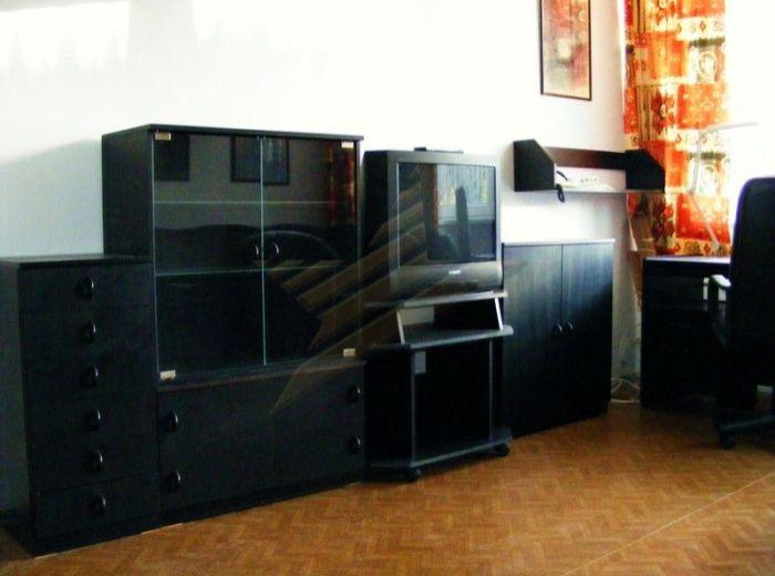 PRENAJATÉ - TICHÁ, 1-i byt, 54,5 m2 - prenájom priestranného bytu s loggiou ZA VYNIKAJÚCU CENU VRÁTANE ENERGIÍ