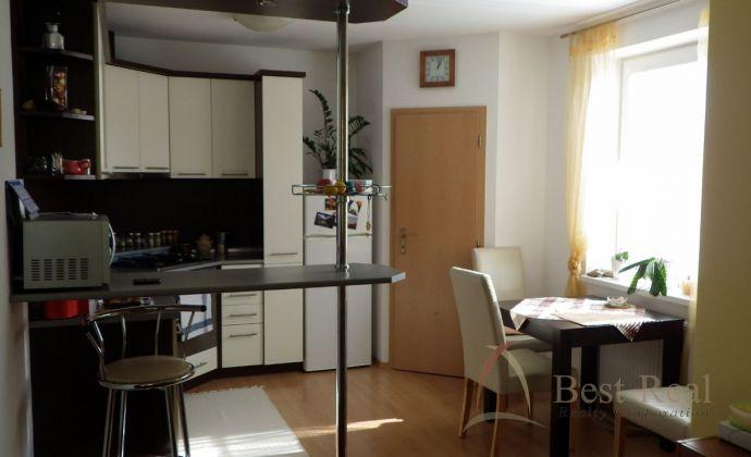 Best Real - 2 izbový byt Pezinok, Rezervovaný