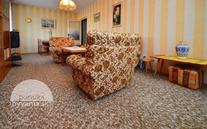 PREDANÉ - HEYROVSKÉHO, veľkorysý 2-i byt, 81 m2 – krásne priestranný byt s 2 LOGGIAMI, v zateplenom dome, NÁDHERNÝ VÝHĽAD