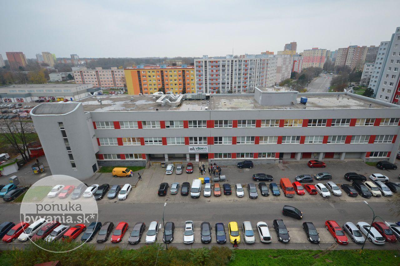 ponukabyvania.sk_Mlynarovičova_3-izbový-byt_archív