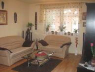 REALFINANC - 3-izb. tehlový byt po rekonš. s veľkým balkónom a vl. kúrením, 78 m2 obec Zavar