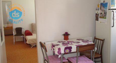 Na prenájom dvojizbový byt v rodinnom dome + dvor s parkovaním + pivnica, Piešťany centrum