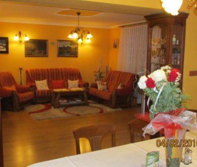 Luxusný rodinný dom v radovej zástavbe ,Žilina - Budatín,  297 m2