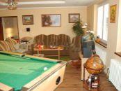 Ponuka na predaj 4-izb. rodinného domu v okrese Senec s garážou a dielňou.