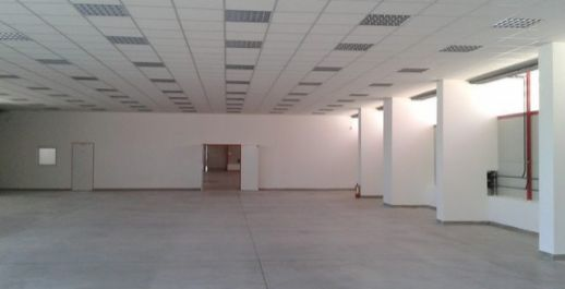 Na prenájom výhodne novostavba haly 1900m2 /950m2+950m2/, Bratislava III.