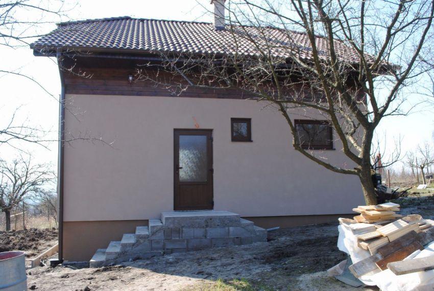 Predaj chata Nána-14