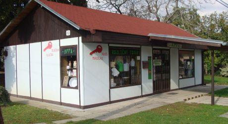 Predaj - rozbehnutý obchod s rozličným tovarom a zariadením v Kameničnej