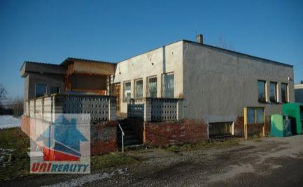 BORČANY. - komerčný priestor - výrobno skladové priestory na pozemku 631 m2 /okres Bánovce nad Bebravou /