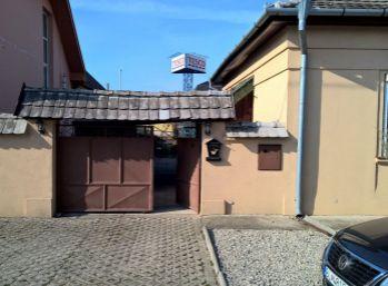 Reality Štefanec / ID-9788/, Galanta, predaj pekného 5 izb. RD na Jazernej ul. Pozemok 550 m2. Cena 108.000,-€.