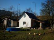 Novostavba - Rekreačná chatka s pozemkom v Poltári