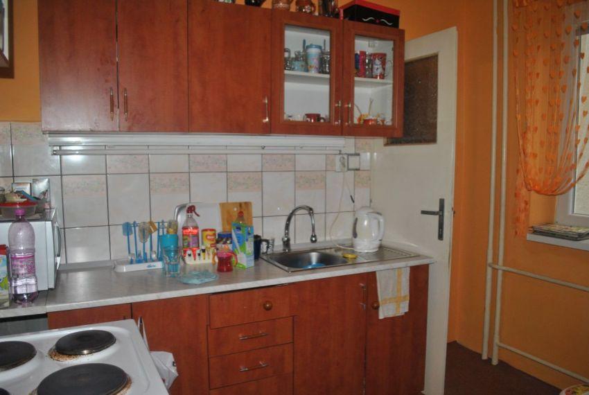 Predaj Rodinné domy Levice-9