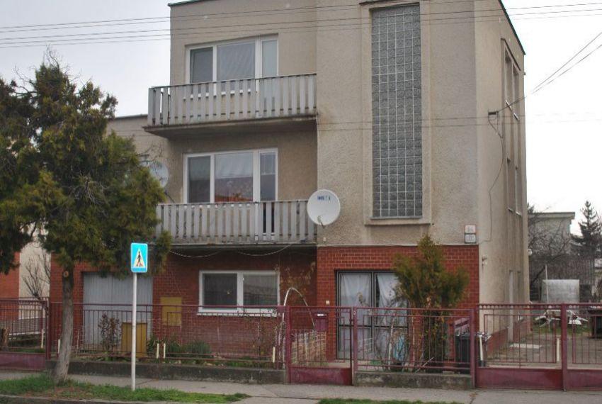 Predaj Rodinné domy Levice