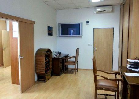 Reprezentatívne kancelárie na predaj, Ružinov, 595m2