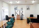 Kancelársky priestor so zariadením, Hlavná ulica, Trnava, 35m2, 250,-EUR vrátane energií