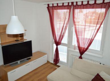 Zariadený 2 izb. byt v SEREDI - EXKLUZÍVNE !!!