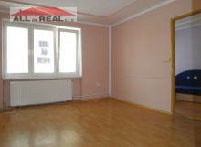 3 izbový byt Šíšov, po rekonštrukcii, k bytu patrí pozemok