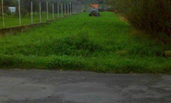 Na predaj stavebný pozemok na začiatku obce Nitrianské Sučany