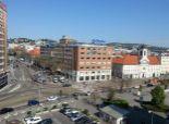predaj, 5-izbový mezonet priamo na námestí SNP, nádherný výhľad, terasa, balkón, výťah, možnosť parkingu