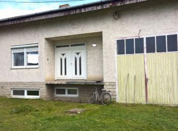 Reality Štefanec /ID-9895/, Trstice, okr. Galanta, predaj 20 ročného holo domu, 9 izieb, garáž v dome, pozemok 1.650 m2, cena 121.000,-€.