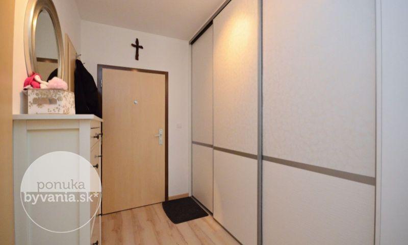 ponukabyvania.sk_Martinčekova_2-izbový-byt_archív