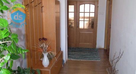 Na predaj dvojgeneračný rodinný dom 5+2, 523 m2, Drietoma
