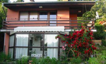 Best Real - 3 izbový dom v krásnom prostredí Limbachu.