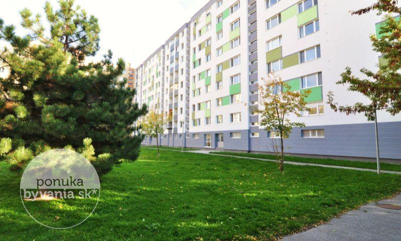 ponukabyvania.sk_Stavbárska_3-izbový-byt_archív