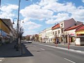 PREDAJ - Budova v centre Lučenca !