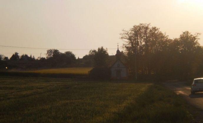 Na predaj krásny rekreačný pozemok  o výmere 13300m2 vo Vrábloch