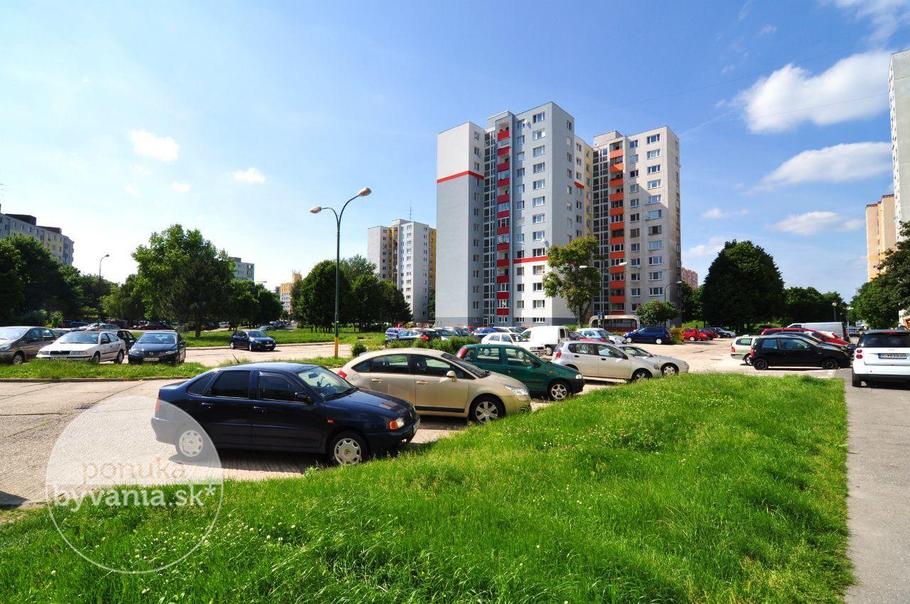 ponukabyvania.sk_Ševčenkova_3-izbový-byt_archív