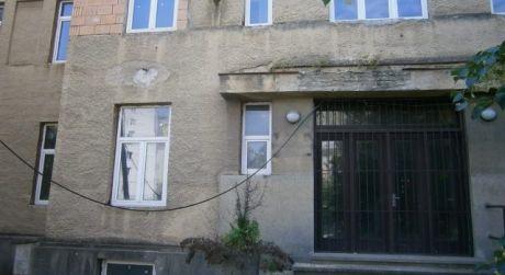 Bytový dom na predaj v Nových Zámkoch.