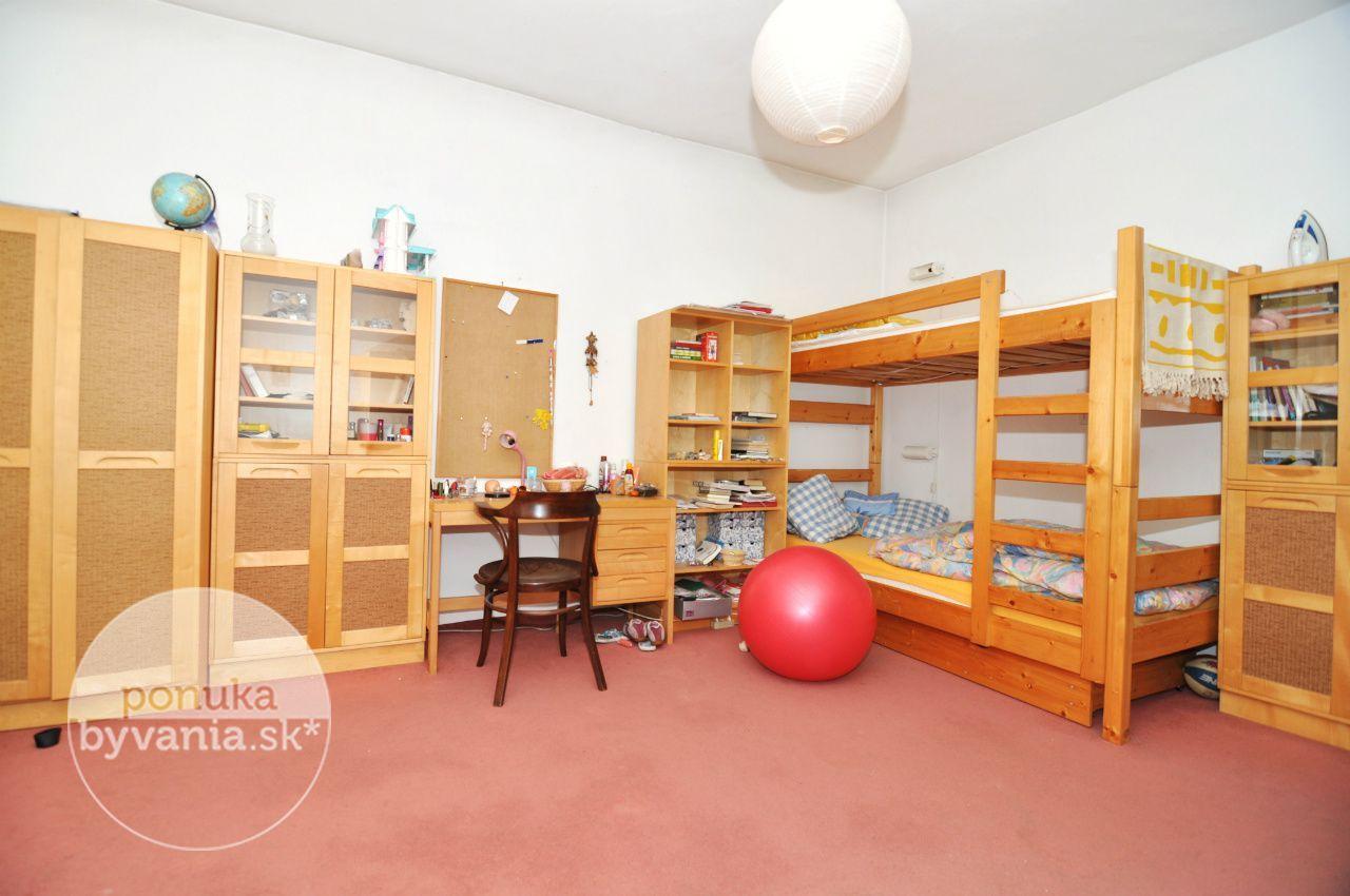 ponukabyvania.sk_Miletičova_4-izbový-byt_archív
