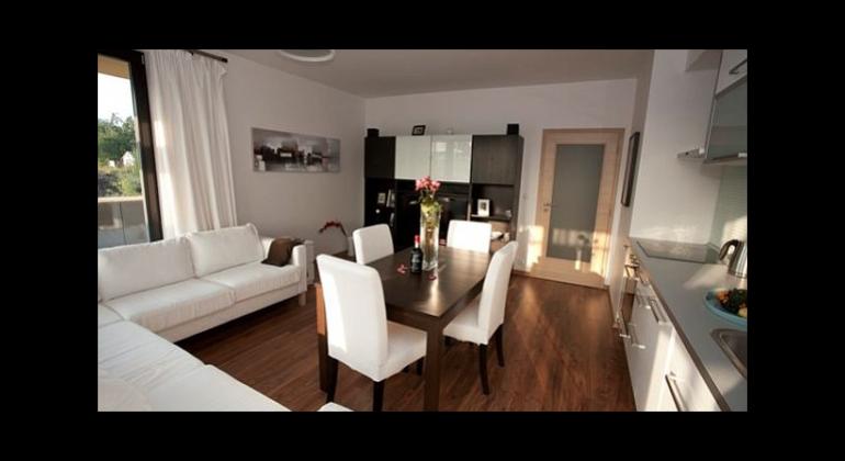 Klient hľadá 3i byt na Hlinách, Bulvári, v centre, prípadne v Závodí