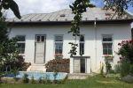 Centrum mesta - Kmeťova 4 izbový RD výborný stav a lokalita.
