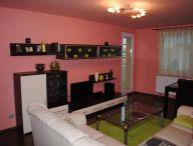 REALFINANC - 100% aktuálny - Ponúkame na predaj 4 izbový byt ( bauring s komorou), loggiou, 90 m2 ( 85m2 byt + 5 m2 loggia) po kompletnej rekonštrukcii na ulici Hlboká, sídlisko Družba, Trnava !!!