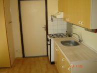 REALFINANC - REZERVOVANÝ !!!Na predaj 3 izbový byt s loggiou 66 m2 (62 m2 byt + 4m2 loggia), s plastovými oknami, Na hlinách, Trnava !!!