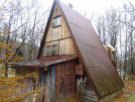 REALFINANC - Ponúkame Vám na predaj čiastočne zariadenú chatu Buková, chatová oblasť