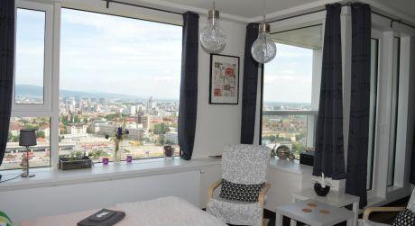 PANORAMA CITY - krátkodobý prenájom luxusného štúdio Apartmánu na 27. poschodí s nádherným panoramatickým výhľadom na mesto