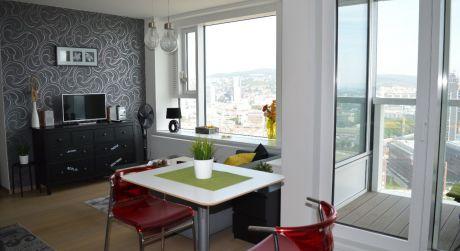 PANORAMA CITY - krátkodobý prenájom luxusného štúdio Apartmánu na 26. poschodí s nádherným panoramatickým výhľadom na mesto