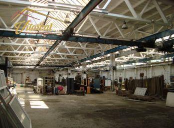 Dáme do prenájmu skladovo - výrobné priestory- možnosť rozdeliť celý priestor na 4 prevádzky
