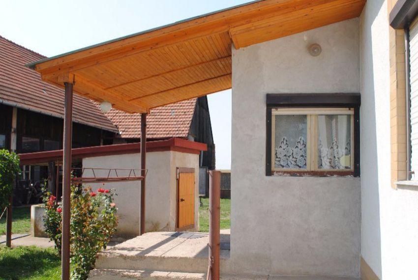Predaj Rodinné domy Pohronský Ruskov-5
