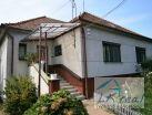 Predám 6-izbový dom, F.Engelsa, Levice