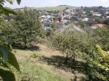 Predáme atraktívny, slnečný stavebný pozemok s krásnym výhľadom v Košiciach - Kavečany
