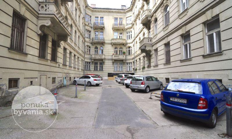 ponukabyvania.sk_Štefánikova_2-izbový-byt_archív