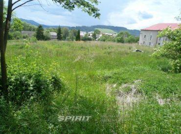 Stavebný pozemok v centre obce Batizovce 4925 m²