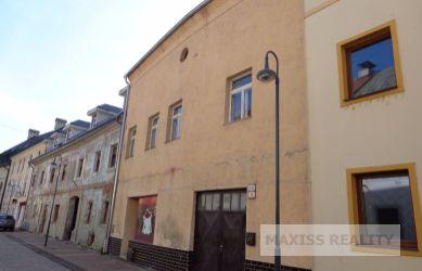REZERVOVANÉ: DOM V LAZOVNEJ ULICI, Banská Bystrica