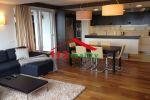 Na prenájom luxusný 4 izbový byt v novostavbe s terasou, 3 kúpeľne, 2 garáže, Staré mesto, blízko Cambridge International School