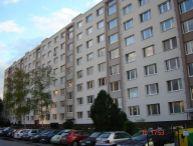 REALFINANC - 100% aktuálny - 2 izbový byt ( samostatné izby ) o výmere 53 m2, bez balkóna, ulica Generála Goliána, Trnava