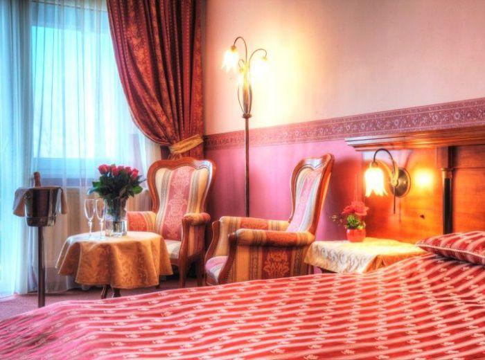 LUXUSNÝ 4* APARTMÁN, 45 m2 - apartmán v TALIANSKOM štýle, exotické masáže, PLNÁ PENZIA, neobmedzený billiard, fitness a WELLNESS